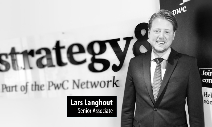 Lars Langhout, Senior Associate bij Strategy&