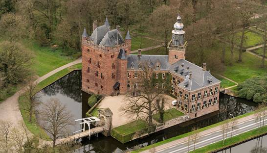 Nyenrode en TCS sluiten digitale transformatie-partnership